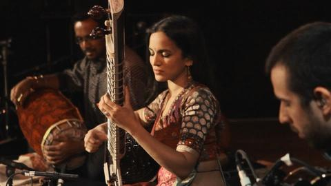 Quick Hits: Anoushka Shankar performs ISHQ