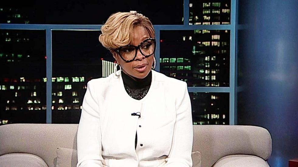 Singer-songwriter Mary J. Blige image