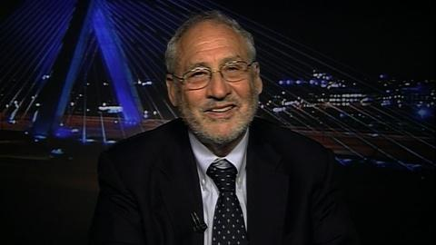 Tavis Smiley -- Economist Joseph Stiglitz