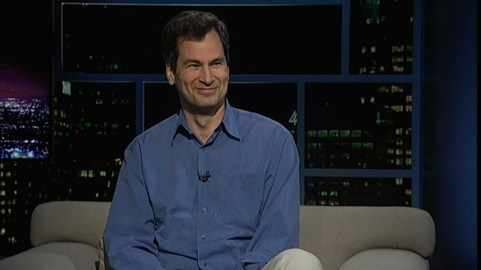 Personal tech writer David Pogue image