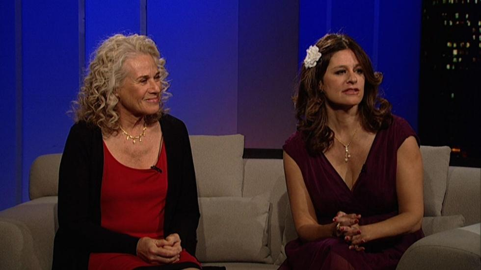 Singer-songwriters Carole King and Louise Goffin image
