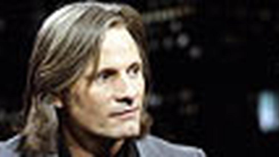 Viggo Mortensen: Monday, 11/30/09 image