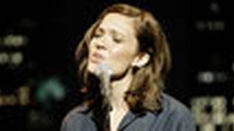 Tavis Smiley -- Mandy Moore: Monday, 6/1