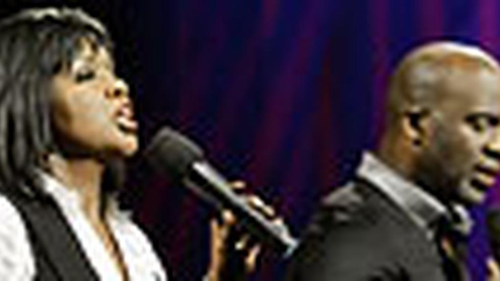 BeBe and CeCe Winans: Friday, 10/2 image