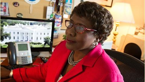 Washington Week -- Gwen Ifill answers your questions on Facebook