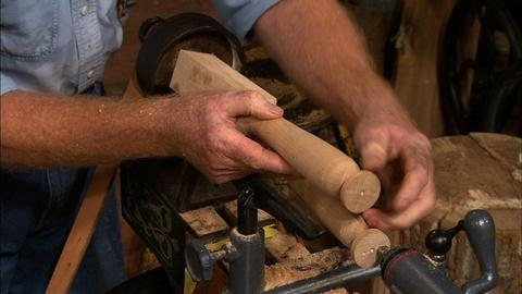 S31 E12: Offset Turning For Hardwood Handles and Padfoot lLegs