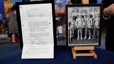 Appraisal: Signed Mercury 7 Photo & Paperwork
