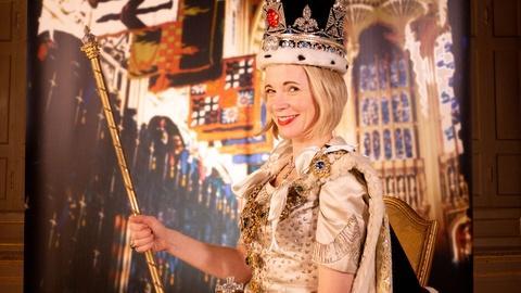 Lucy Worsley's Royal Photo Album -- A Coronation Portrait