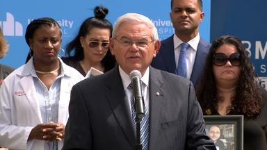 Menendez rallies support for a COVID response investigation