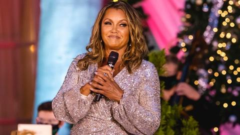 Ella Wishes You a Swinging Christmas with Vanessa Williams -- Ella Wishes You a Swinging Christmas with Vanessa Williams
