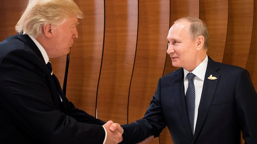 Trump-Putin meeting yields election-meddling contradiction image