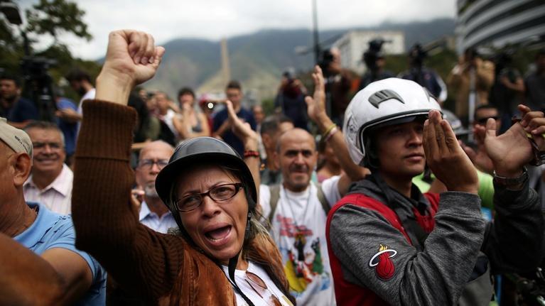 PBS NewsHour: Why Chavistas are loyal to Maduro, despite economic crisis