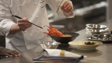 Chef Alan Ji at Palazzo's Upscale Restaurant Mott 32