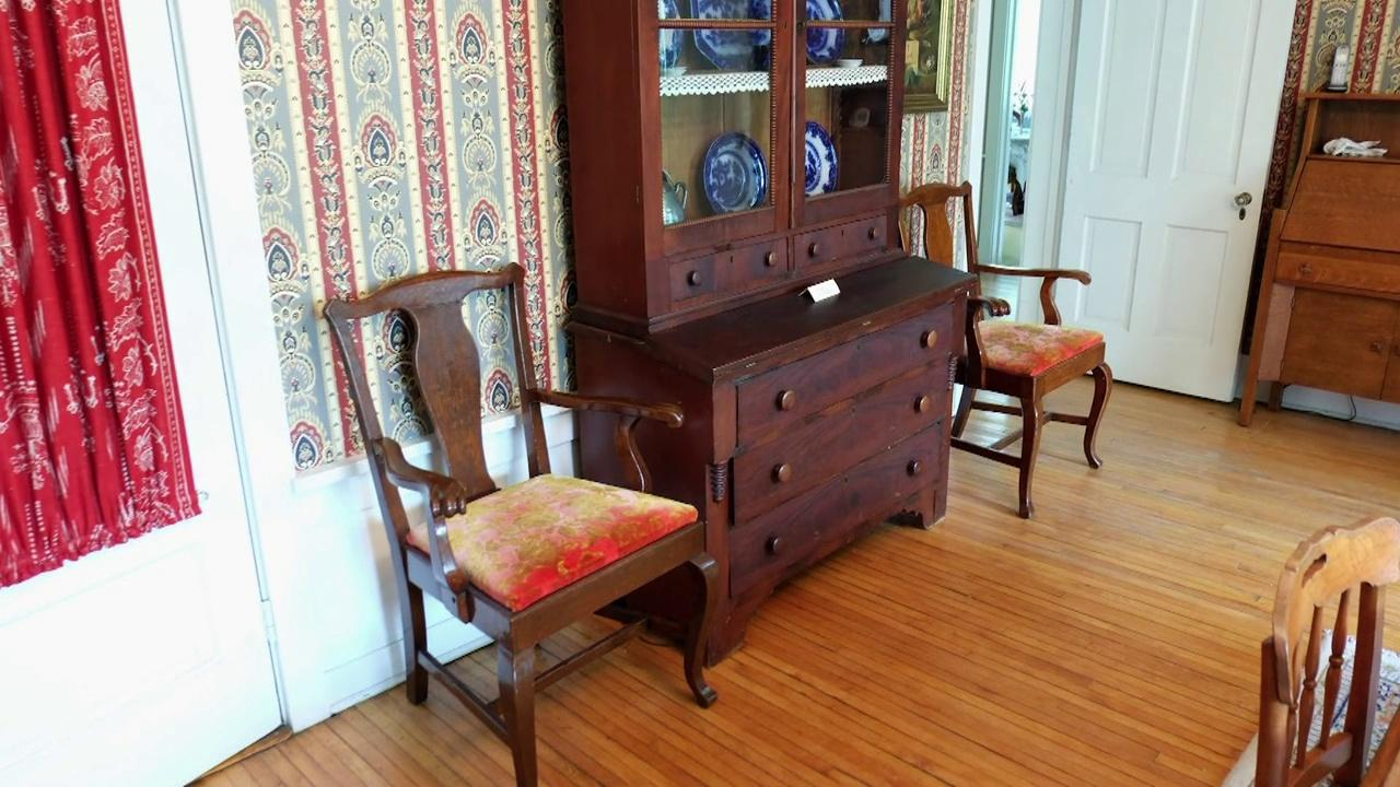 Tracking Down Missing Historic Capitol Furniture