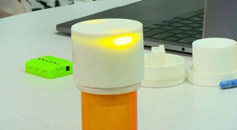 KLRN SciTech Now: Feb. 21, 2019 | Smart pill bottle