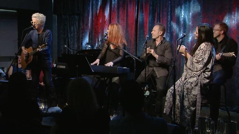 Songwriters Under the Covers with Victoria Shaw: Sara Evans & Kevin Cronin with Guest Simon Kirk