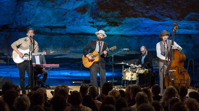 Bluegrass Underground: Drew Holcomb & The Neighbors