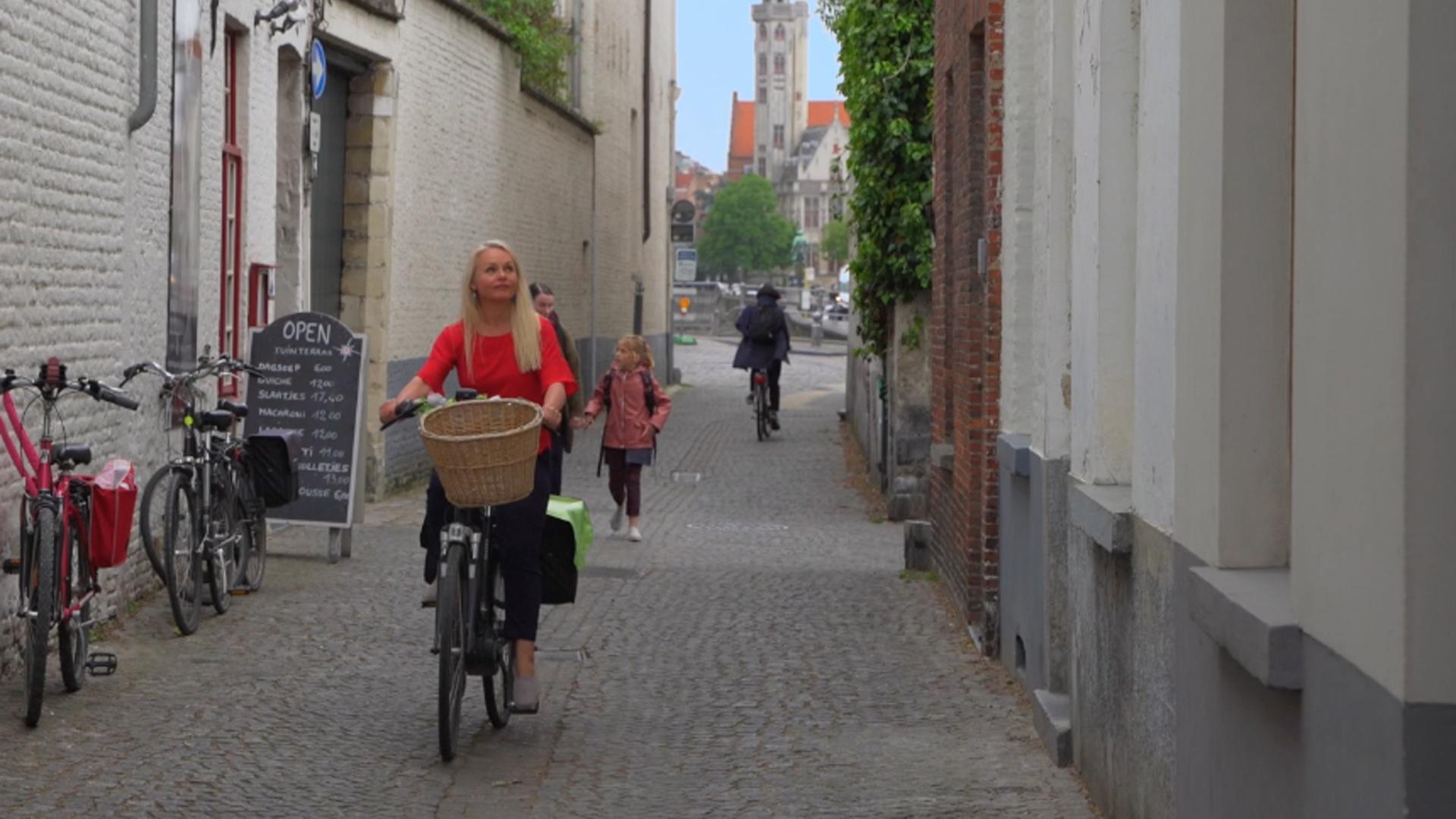 Curious Bruges