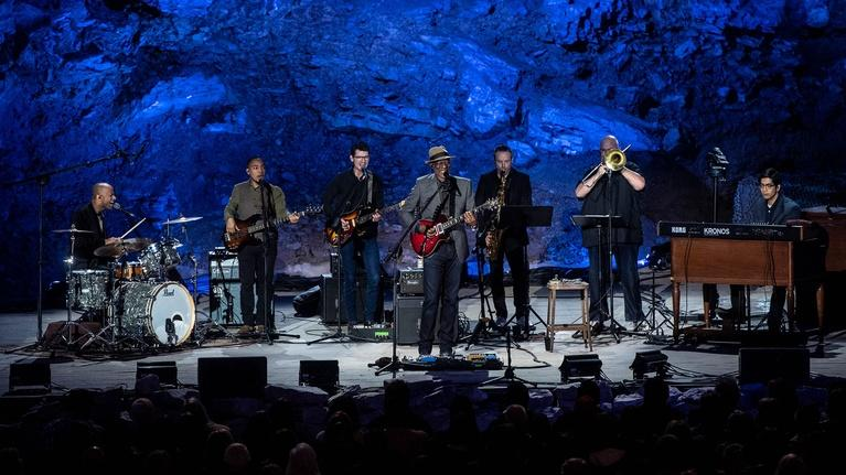 "Bluegrass Underground: Keb' Mo' ""She Just Wants to Dance"""