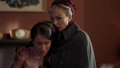 Call the Midwife -- A Determined Mother-to-be