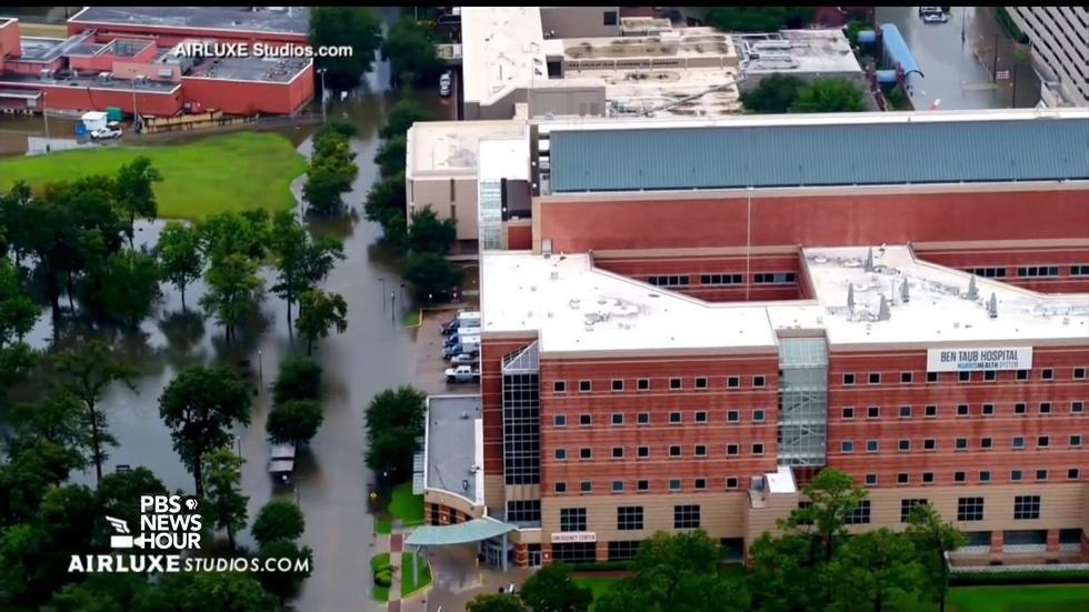 How Houston hospitals prepared for Hurricane Harvey image