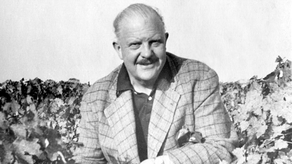 How James Beard pioneered the farm-to-table movement image