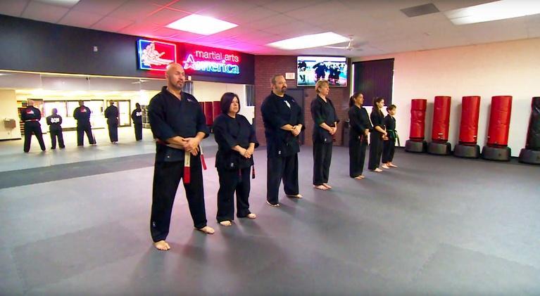 ¡Adelante!: ¡Adelante! #2006 - Martial Arts Champion/Sanctuary Women