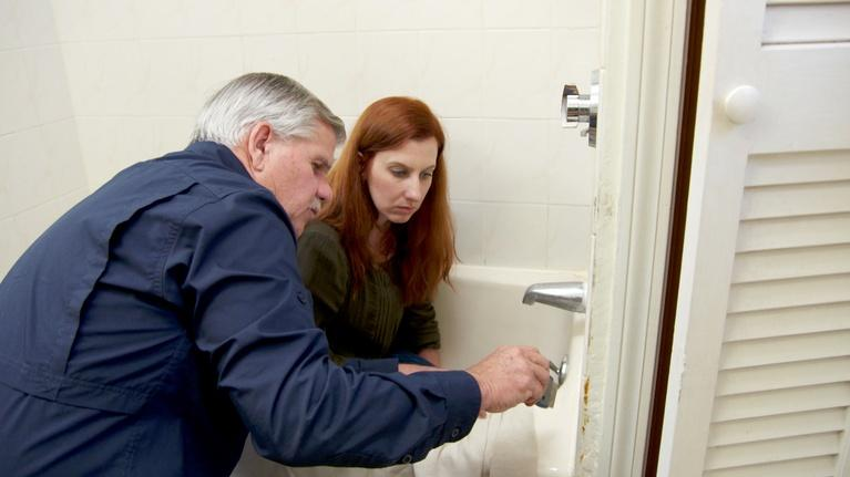 Ask This Old House: Water Filter, Bathroom Caulking | Ask TOH