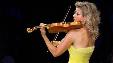 Anne-Sophie Mutter Performs John Williams' Violin Concerto