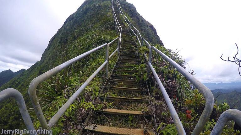 Insights on PBS Hawaiʻ'i: The Haʻikū Stairs