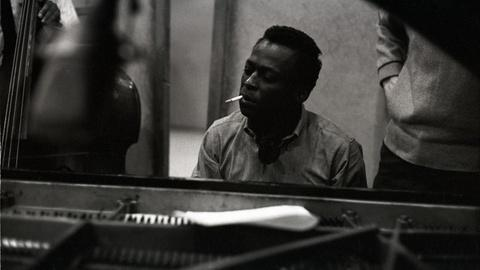"American Masters -- Clip | How Miles Davis Recorded ""Gems of Spontaneity"""