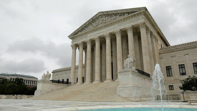 Supreme Court blocks New York's cap on religious services