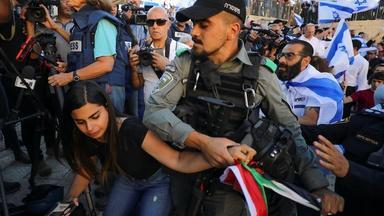 News Wrap: Jerusalem tense after Israeli nationalist march
