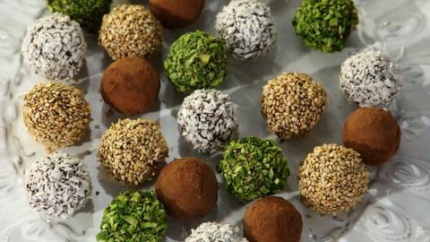 Martha Stewart's Cooking School -- Dates