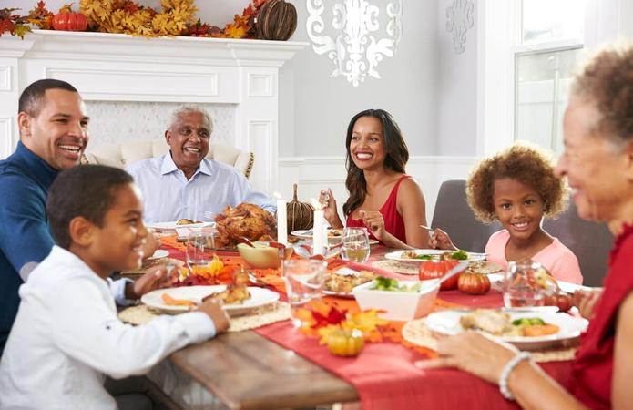 Talking About Money Matters With Family at Thanksgiving